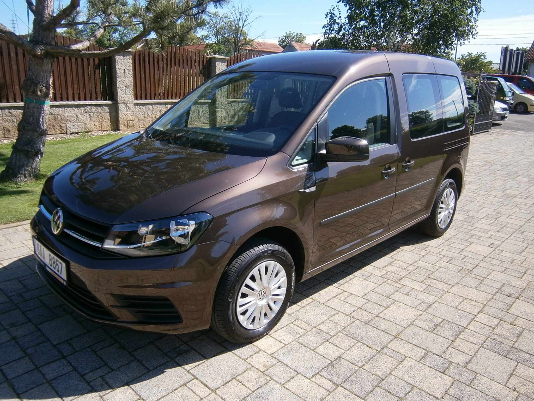 VW CADDY 2,0 TDI 5 MÍST 2,0 TDI